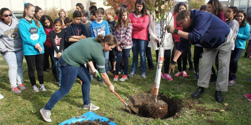 Montessori Center recipient of Trees for Green Schools campaign